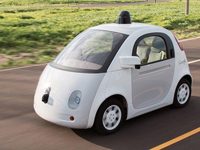 Google zaczyna wydawać miesięczne raporty na temat samochodów z własnym napędem