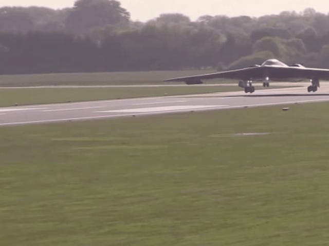 Bombarderos B-2 llegan a Europa en plena escalada de tensión con Rusia