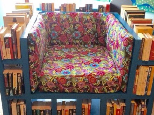 สร้างสุดยอดเก้าอี้อ่านหนังสือพร้อมตู้หนังสือในตัว