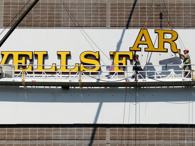 76ers para Wells Fargo: dê-nos dinheiro ou não usaremos seu nome idiota