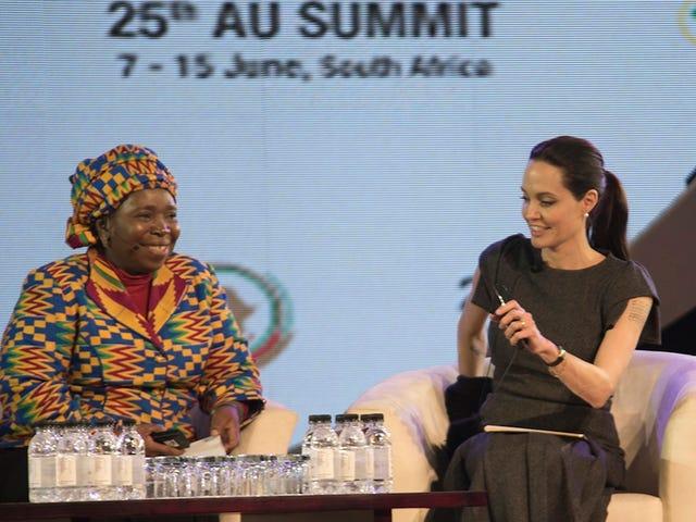 안젤리나 졸리 피트, 정상 회담에서 여성 폭력 사태에 대해 논의