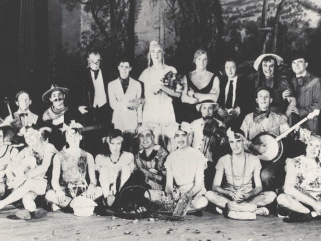 The Weird Era of Womanless Weddings