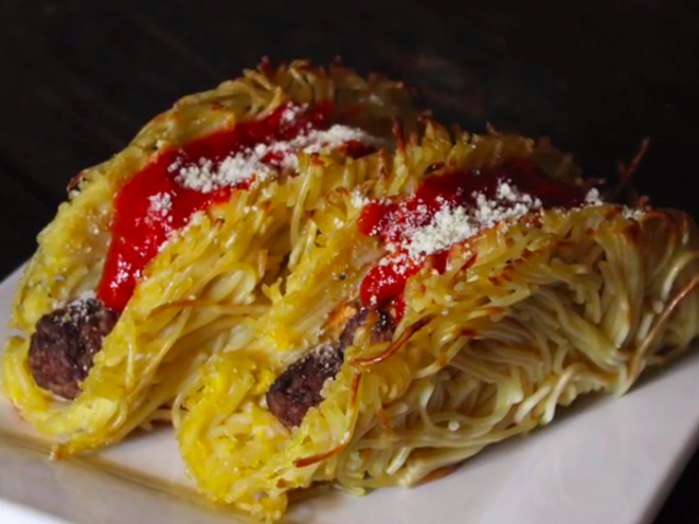 Cara membuat spaghetti dan bakso taco