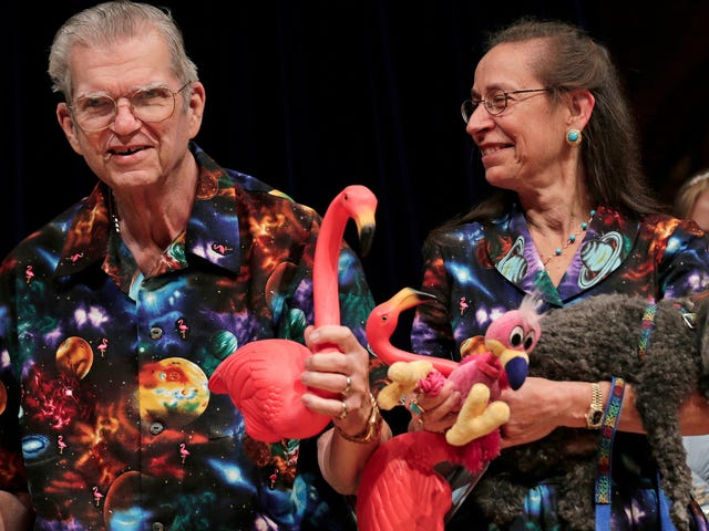An American Hero, the Man Who Designed the Plastic Lawn Flamingo, Dies