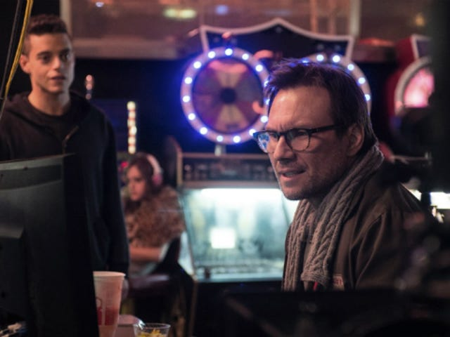 Hacker Drama Mr. Robot is Scary, Paranoia-Inducing i Awesome