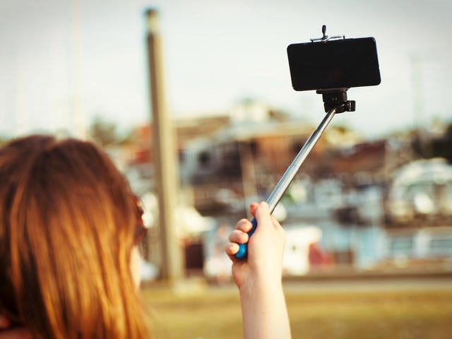 Selfie Stick Shuts Down Ride at Theme Park