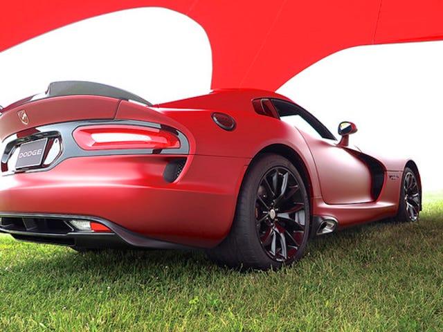 2016 Viper Looks Mad στο Matte Red, 8 δευτερόλεπτα Challenger και πολλά άλλα ...