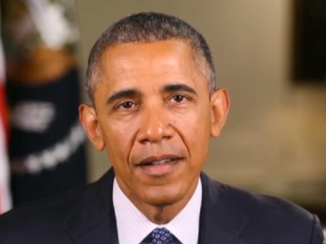 "President Obama ger rop till Caitlyn Jenner på ""Trailblazers"""