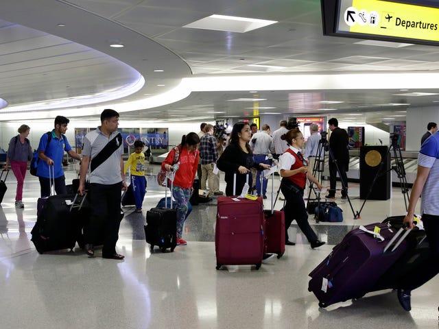 DOJ Investigating Airlines para el esquema de precios de boletos sombríos