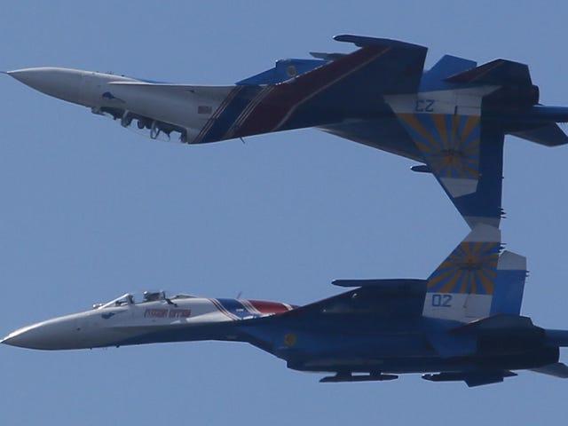 Maniobrasinverosímilesabordo del caza ruso Su-27