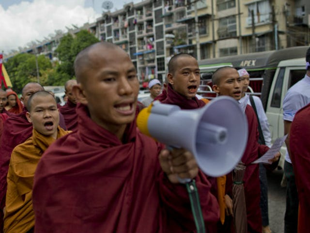 Myanmar Passes Bill to Prevent Buddhist Women from Marrying Muslims
