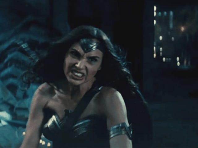 Scopri il nuovo trailer di Batman V. Superman , con protagonista Wonder Woman