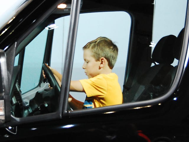 Congress Will Vote On Lowering The Big Rig Truck Driving Age To 18