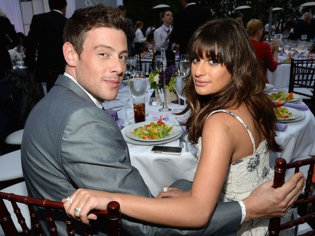 Lea Michele muistaa Cory Monteithin kuoleman vuosipäivänä
