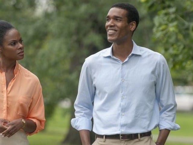 Stills From the Barack dan Michelle Obama First Date Movie Are Here
