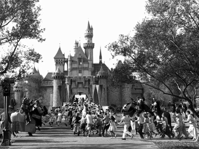 Disneyland Opened Its Doors to Hysterical Kids Sixty Years Ago Today