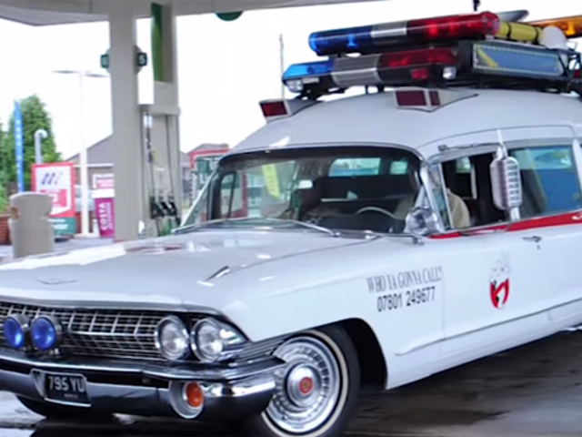 Un fan gasta 150.000 dólares en crear su propio auto de los <i>Ghostbusters</i>
