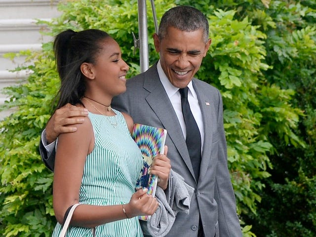 Obama and His Daughters Take Manhattan