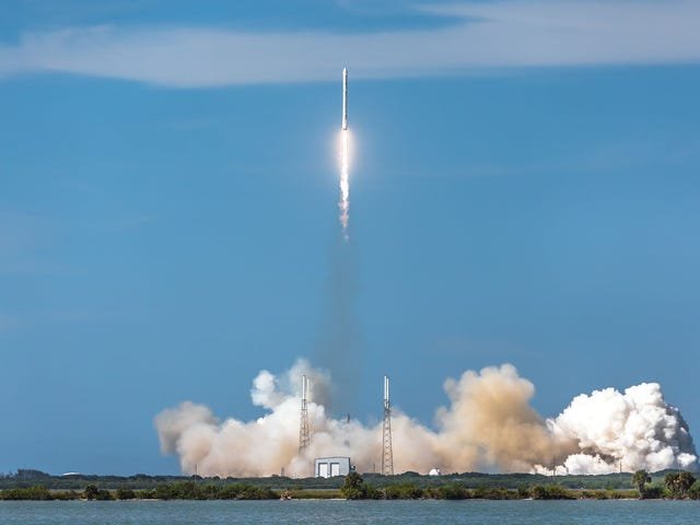 Un fallo enlosdepósitoscausólaexlosióndelcohete Falcon de SpaceX