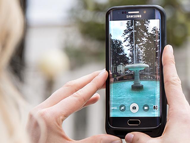 Galaxy S6에서 MicroSD를 원하십니까?  이 배터리 부스팅 사례를 고려하십시오