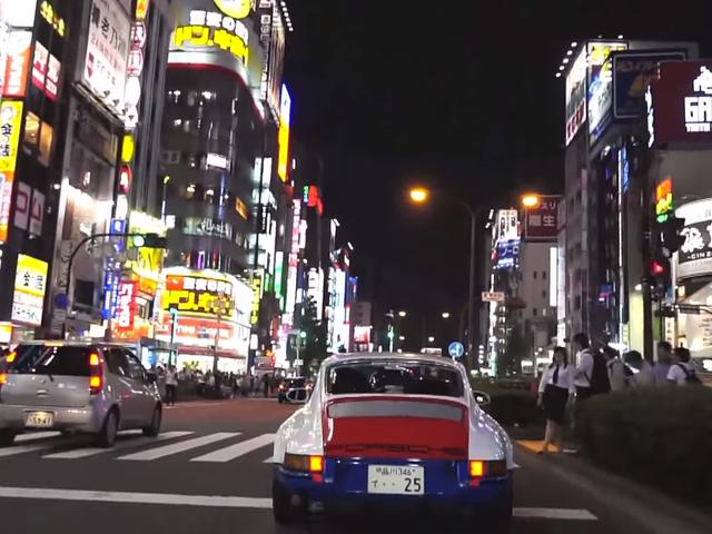 Magnus Walker remporte une 911 sur les autoroutes urbaines du Japon dans «Tokyo Outlaw»