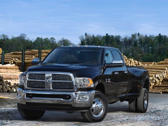 Fiat Chrysler musi odkupić 180 000 samochodów ciężarowych w stingingu Gov-Slap