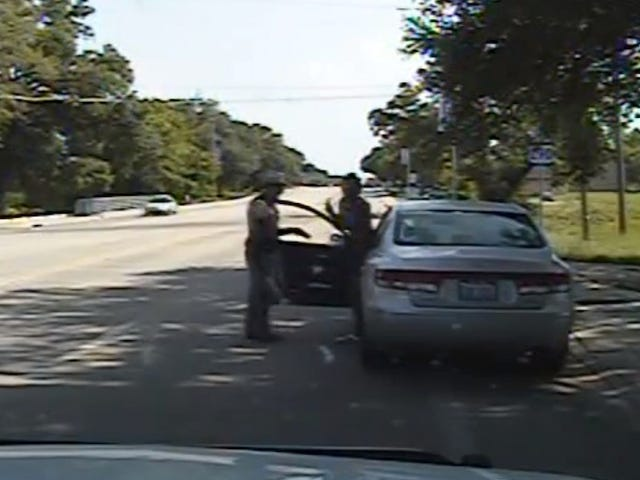 Cop in Sandra Bland Case Was Once Warned for 'Unprofessional Conduct'