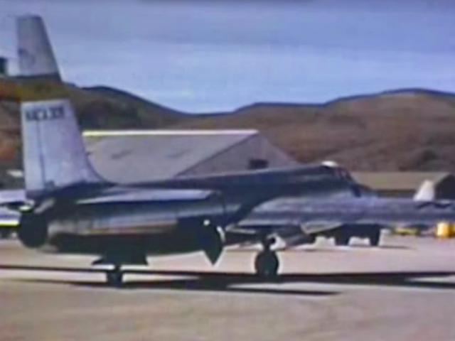 Цей фільм, випущений ЦРУ, показує народження площі 51 та співоплан U-2