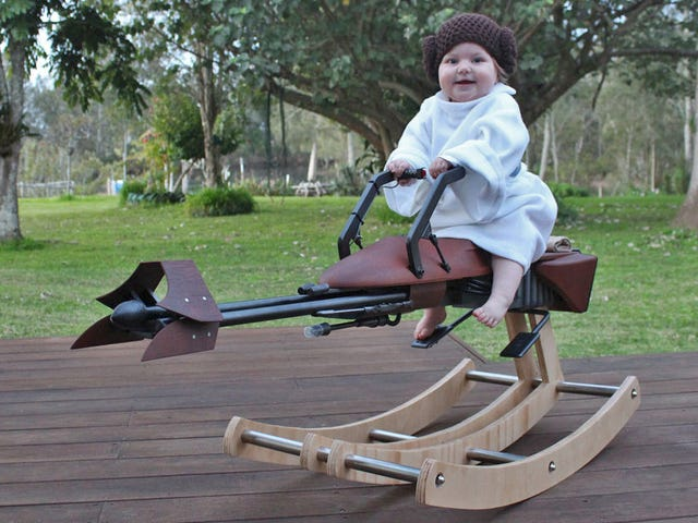 Årets pappa byggde sin dotter en anpassad Speeder Cykel Rocking Horse