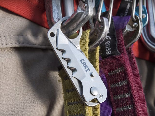Ultralight Knives, Convertible Tents And Working With Dogs: What's New Outside