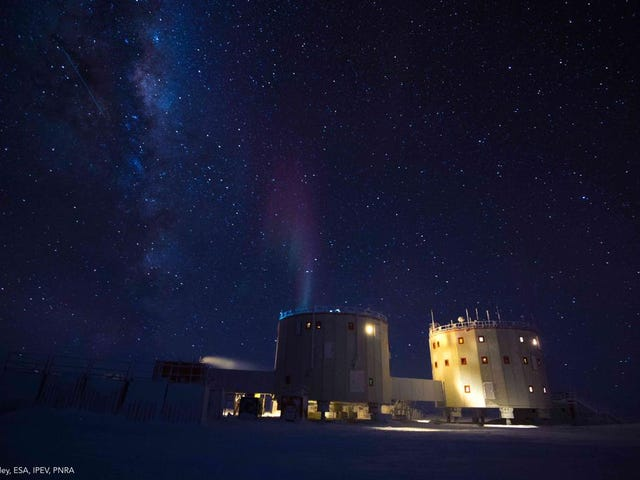 In the Antarctic, a Tiny Aurora Shimmers in the Night Sky