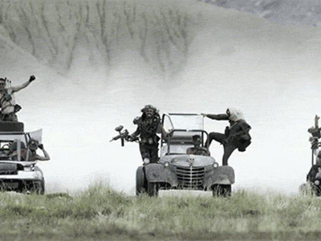 <i>Mad Max: Fury Road</i> perpektong recreated na may go karts ay kaya magkano masamang asno masaya