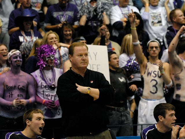Do You Know Why Winona State's Basketball Coach Suddenly Resigned?