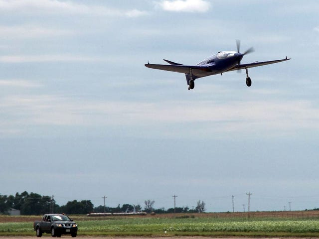 See The Bugatti 100p Replica Make Successful First Flight But Botch The Landing