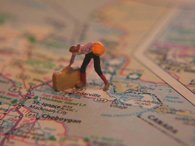 Tres sencillos artículos que siempre debes tener en ti cuando viajas por el mundo