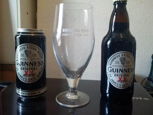 Flaska eller burk.  Vad är bäst?