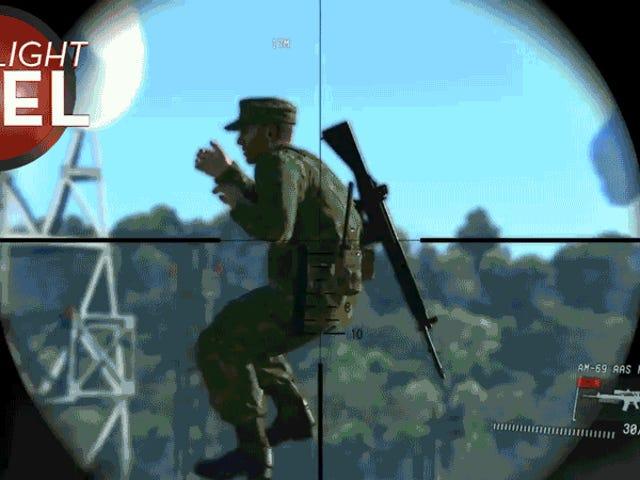<i>Metal Gear</i>兵士が天国に見えない梯子を登る