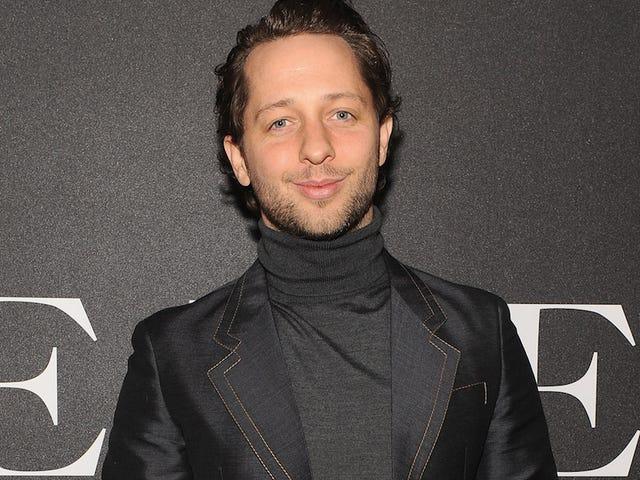 Derek Blasberg, ________, &quot;Người đàn ông trên đường phố&quot; mới của <i>Vanity Fair</i>
