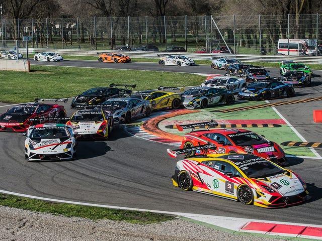 Comme Lamborghini?  Vous aimez les courses?