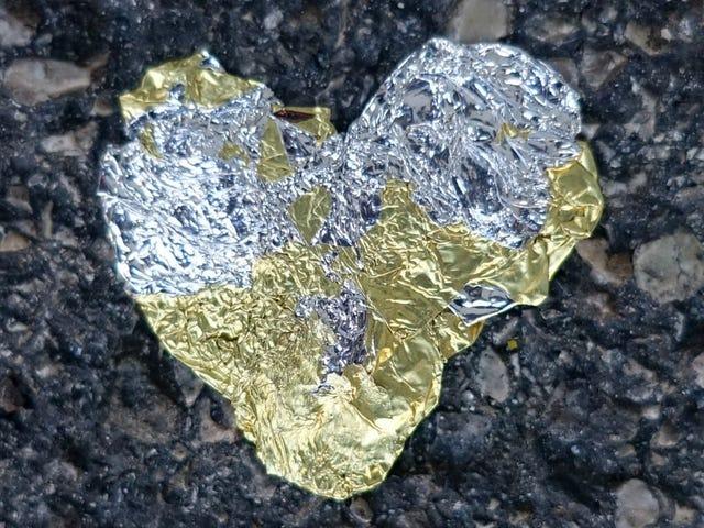 Aluminium Foil Lebih Mengagumkan Daripada Orang Memberi Penghargaan
