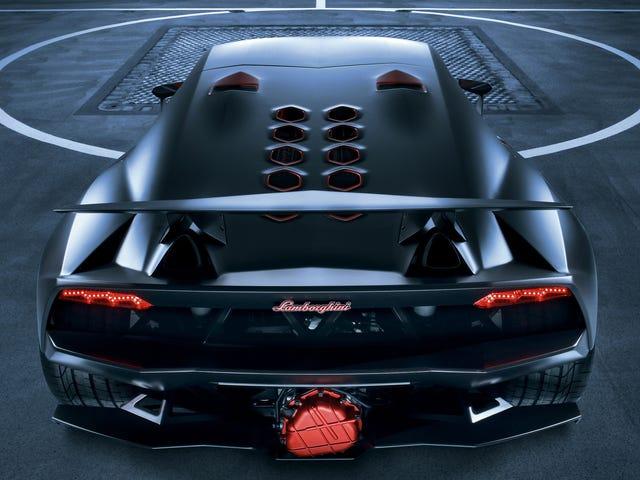 Bagaimana Lamborghini Menjadi Raja Serat Karbon