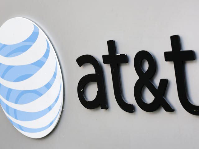 "AT&T Is Improving Its ""Unlimited"" Data Policy, But It's Still Technically Throttling"