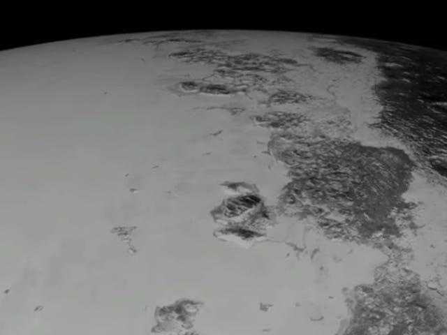 Disfruta de un vuelo virtual por la unrbita de Plutón med nuværende video fra NASA
