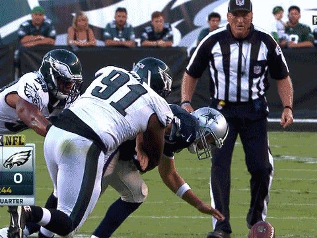Tony Romo tiene una clavícula rota