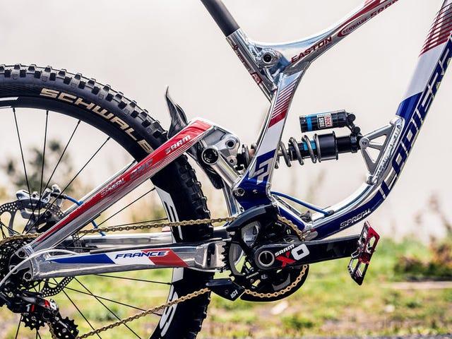 У Лоіка Бруні є велосипед ZAMAC.  ВЕЛОСИПЕД ZAMAC, DUDE !!!