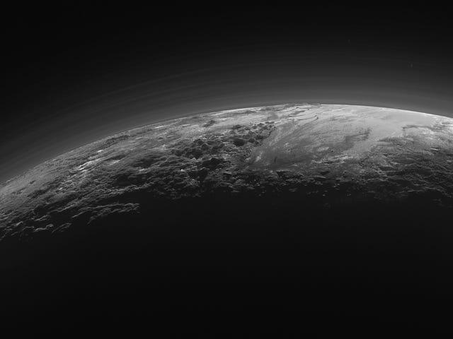 La NASA encuentra nuevas similitudes entre Plutón y la Tierra