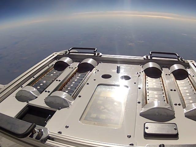 NASA Akan Menghantar Bakteria ke Tepi Ruang untuk Lihat jika Mereka Boleh Hitchhike ke Marikh