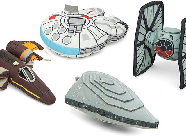 Genskab episke rumslag i seng med disse plys <i>Star Wars</i> skibe