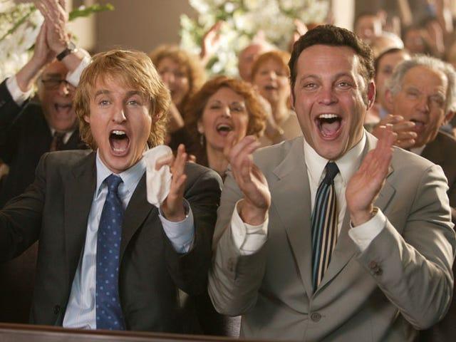 O casal com atenção e fome convida o público a acertar o casamento