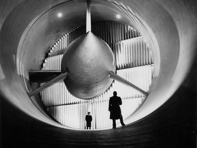 Terowongan Angin Ini Menguji Segalanya dari Pejuang Perang WWII hingga Roket Bulan